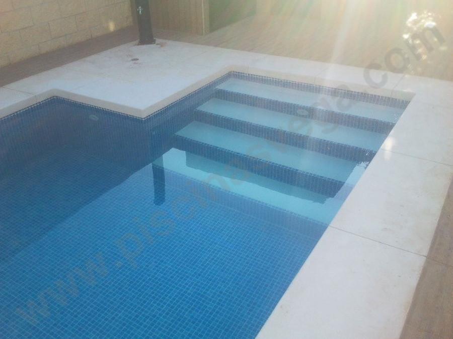 Construir piscina prefabricada pvc gines sevilla for Presupuesto piscina prefabricada