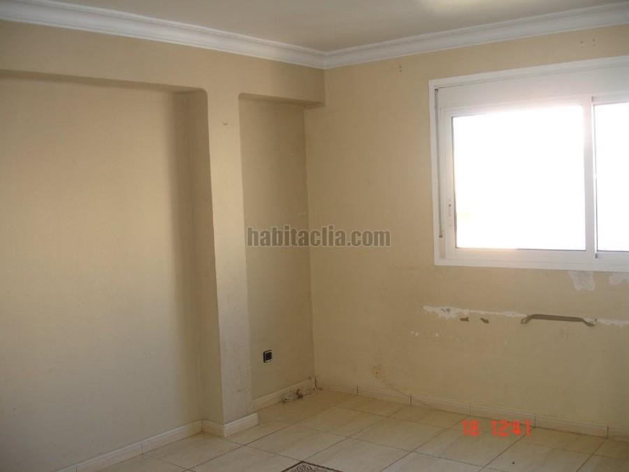 Sanear paredes y pintar un piso de 70 m2 palma de for Presupuesto pintar piso
