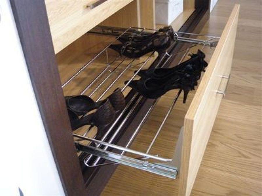 Zapatero extraible para interior de armario madrid for Interior armario zapatero