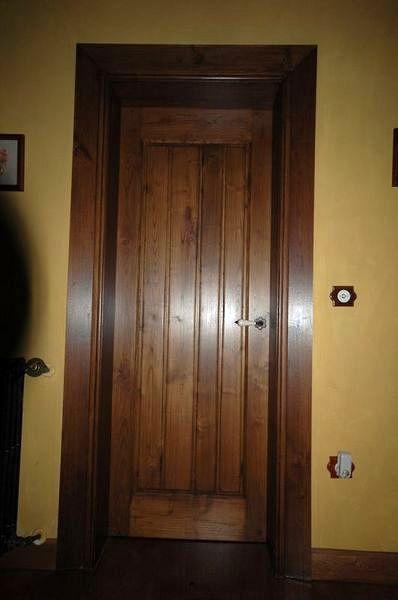 Instalar 5 puertas de madera luarca asturias habitissimo for Precio de puertas vaiven de madera