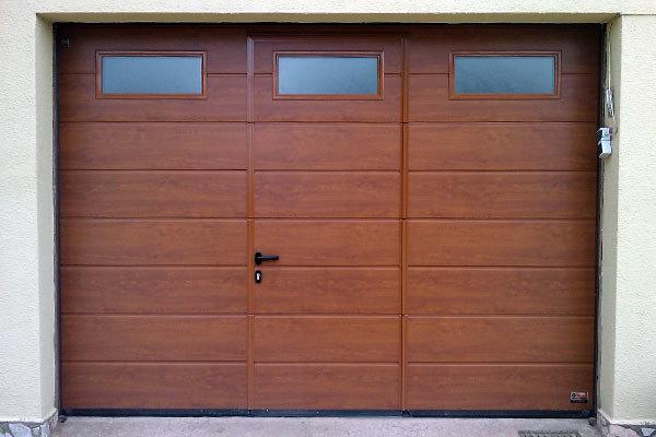 Urgente presupuesto puerta de garaje villanueva de for Puerta garaje