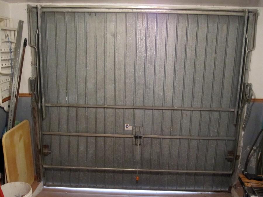 Cambio muelles puerta garaje almer a almer a habitissimo for Puerta garaje basculante precio