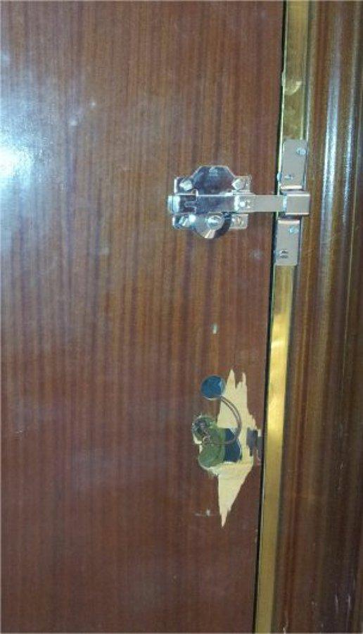 Cambio cerradura puerta acorazada y arreglo del deterioro - Precio cerradura puerta blindada ...
