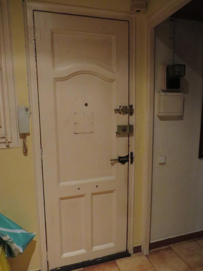 Insonorizar puerta de entrada a vivienda barcelona for Puertas para vivienda