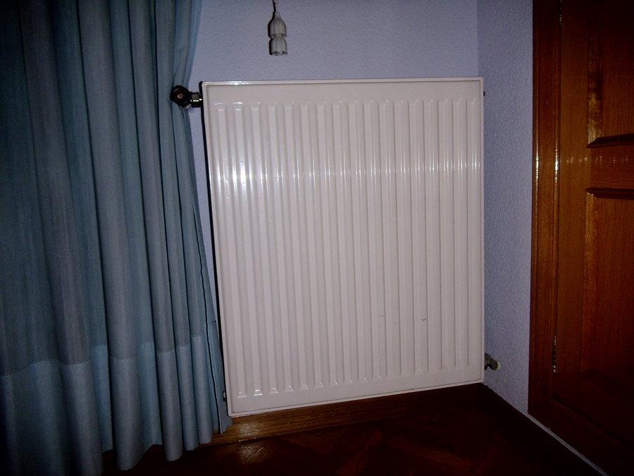 Sustituci n de 9 radiadores de agua rivas vaciamadrid for Radiadores toalleros agua
