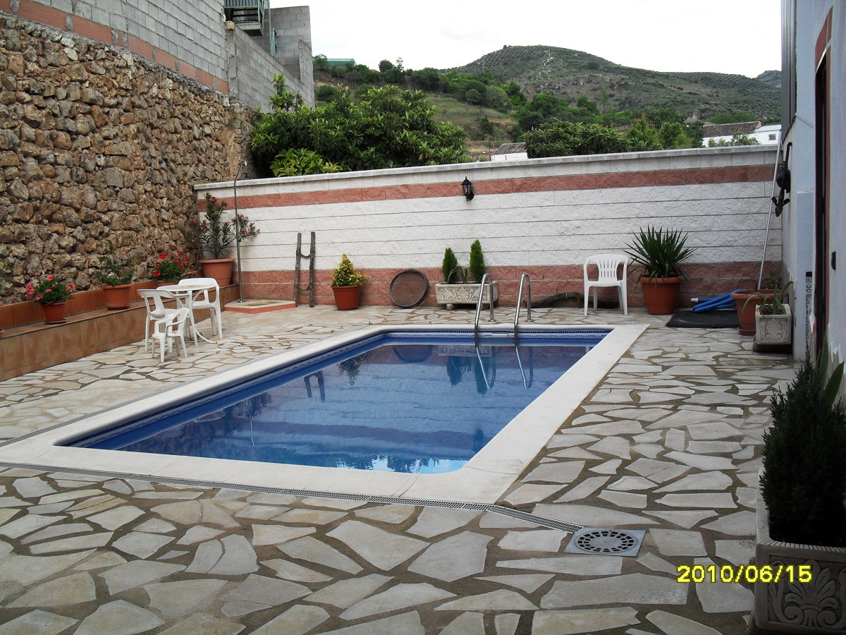 Forrar piscina beas de segura ja n habitissimo - Presupuestos para piscinas ...