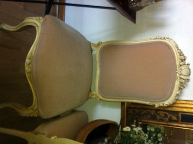 Tapizar un conjunto estilo clasico compuesto de sofa dos - Precio tapizar sillas ...