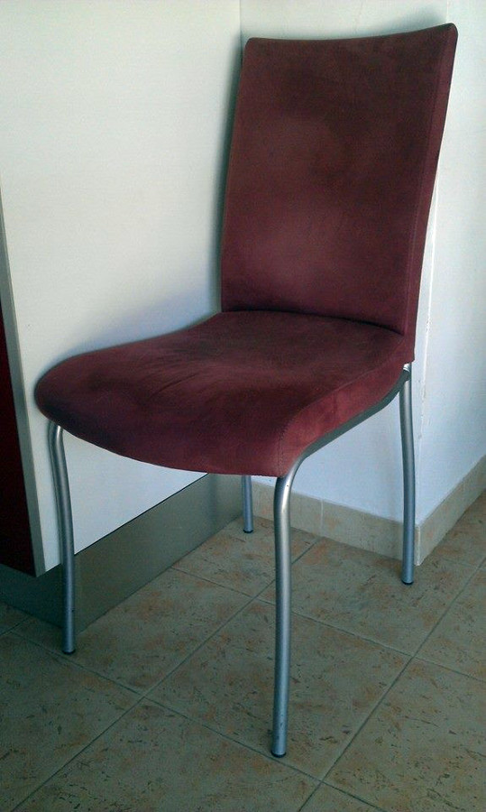 Tapizar seis sillas comedor valencina de la concepci n for Sillas comedor sevilla