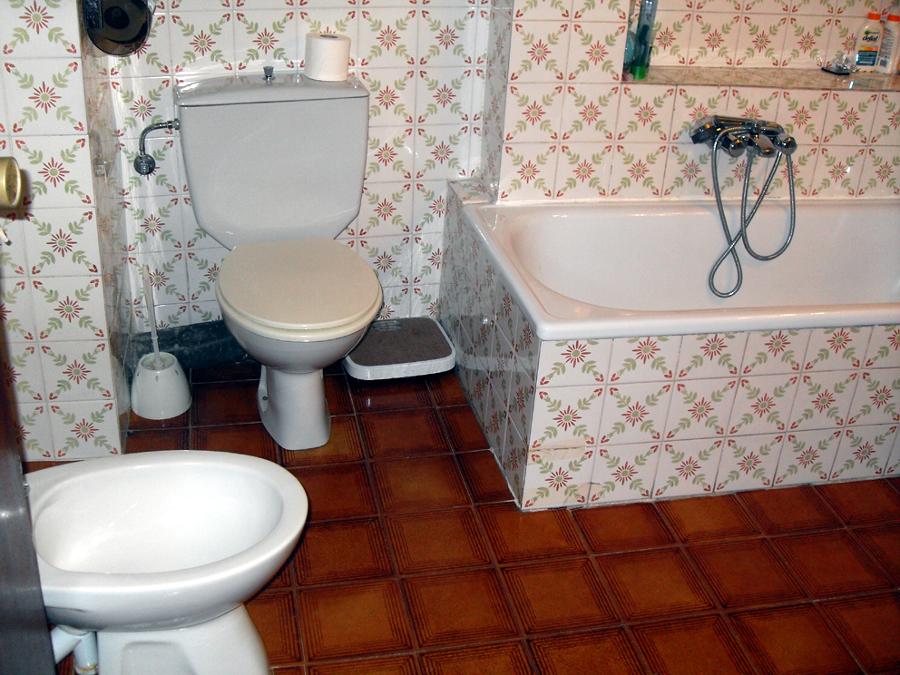 Quitar Azulejos Baño Sin Romperlos: de Reformar baño de 2,5 m por 2,2 m (suelo, azulejos y bañera