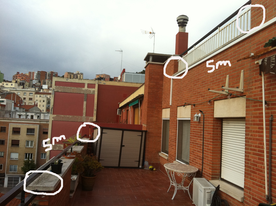 Poner suelo gres en terraza horta guinard barcelona - Colocar suelo terraza ...