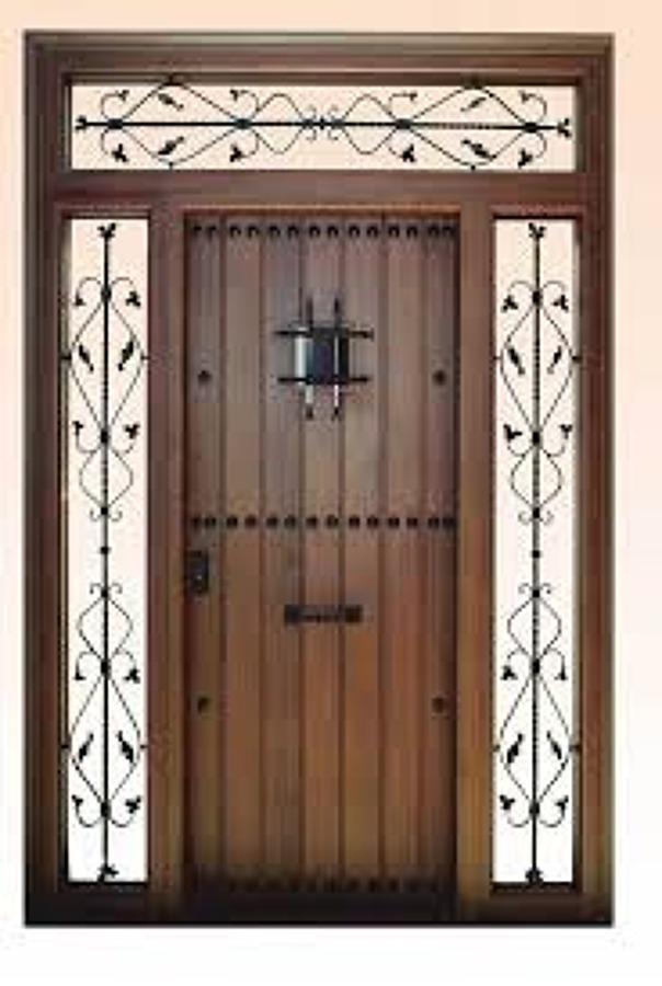 Necesito cambiar una puerta antigua de madera exterior por - Puertas madera antiguas ...