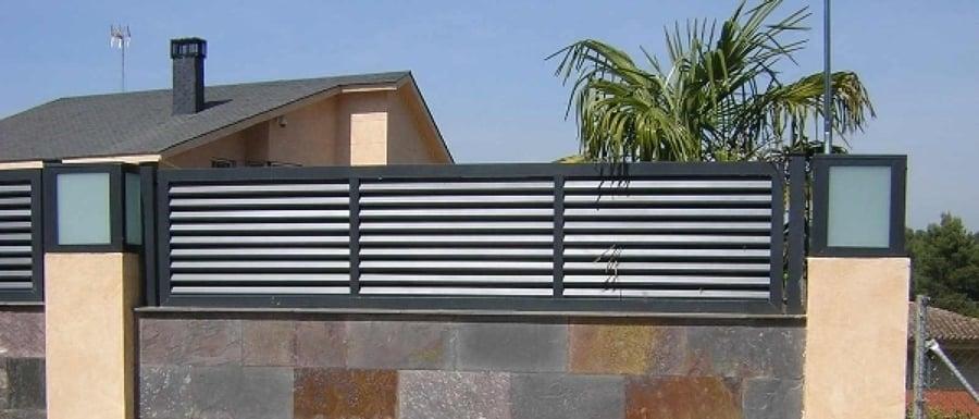 2 vallas de separaci n entre casas tipo mallorquina - Vallas para casas ...