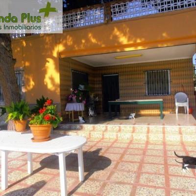 01 - Porchada interior vista desde el área infantil_472154