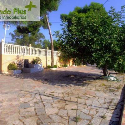 09 - Camino de acceso a la casa - Vista de la piscina y de la pista de tenis_472162