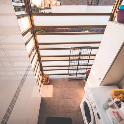 Mueble exterior para lavadora secadora san chinarro for Mueble lavadora exterior