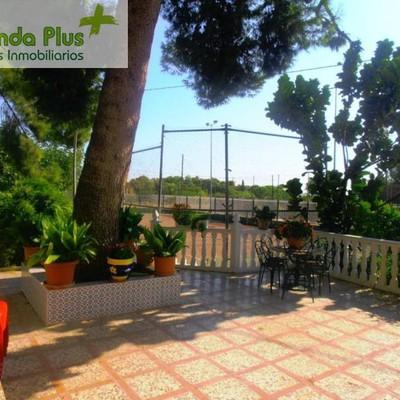 12 - Porchada abierta delantera, pista de tenis y área infantil_472165