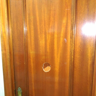 Tapar agujero puerta de madera madrid madrid habitissimo - Como arreglar puertas de madera ...
