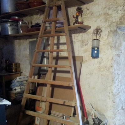Reformar parcialmente una casa con problemas muro illes - Reformar una casa precio ...