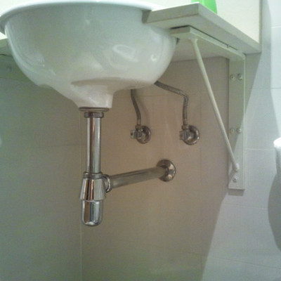 Hacer mueble para debajo del lavabo del cuarto de ba o barcelona barcelona habitissimo - Presupuesto para hacer un bano ...