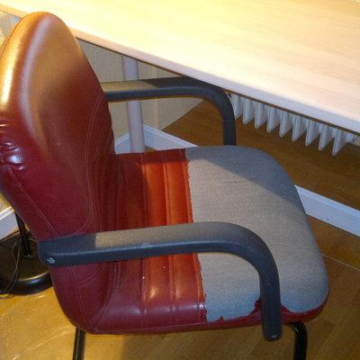 Tapizar silla de oficina peque a no sill n polipiel for Tapizar sillas precio