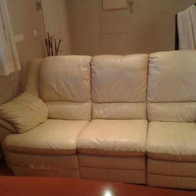Tapizar sof relax 3 plazas en piel monserrat valencia - Precio tapizar sofa ...