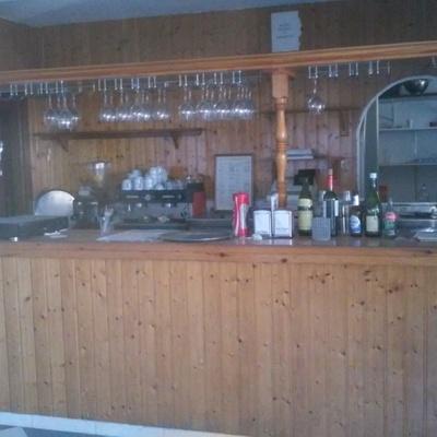 Tapizar un mueble de un bar velilla almu ecar granada habitissimo - Tapiceros en granada ...
