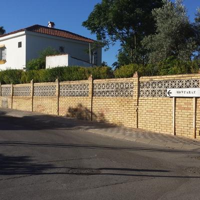 construir muro de bloque de hormig n espartinas sevilla