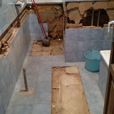 Alicatar baño - La Gineta (Albacete) | Habitissimo