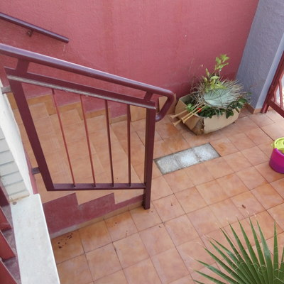 Tirar tabique y enlosar parte patio escaleras y pared el plan los dolores cartagena murcia - Tirar tabique ...