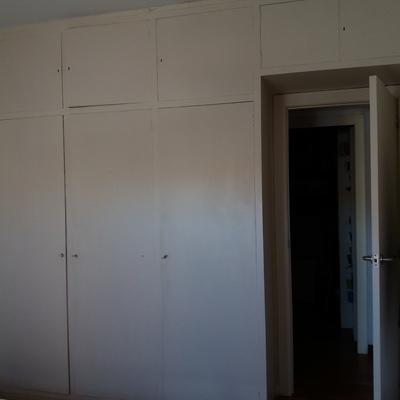Reformar puertas de armario empotrado en barcelona vila for Reformar puertas