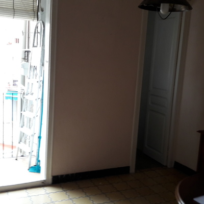 Piso completo econ mico en barcelona barcelona - Amueblar piso completo barcelona ...