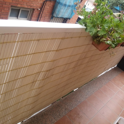 Cerramiento con toldo del balc n sant boi de llobregat for Precio toldos balcon