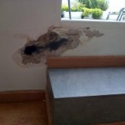 Pintar paredes con peque a humedad valencia valencia - Pintar paredes con humedad ...