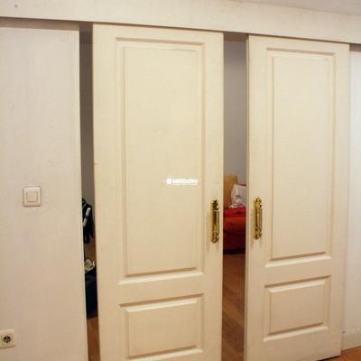 cerrar y poner tope a puerta corredera de madera madrid