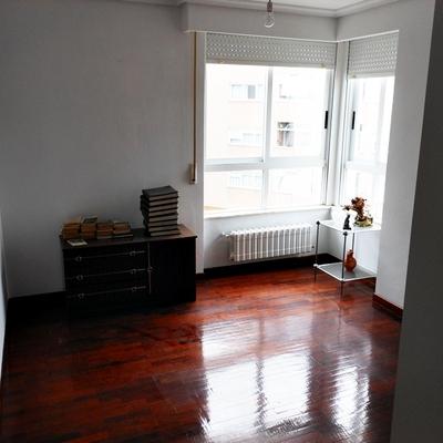 Amueblar y pintar piso ourense ourense habitissimo for Presupuesto pintar piso 100m2