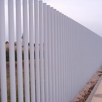 Hacer vallado perimetral de tubos de hierro en paralelo for Tubos de hierro rectangulares