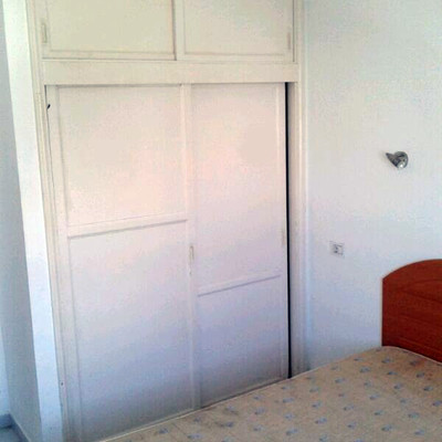 reformar apartamento cambiar puerta de entrada pintar y