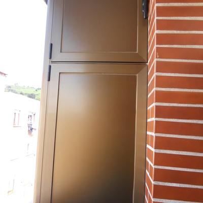 Construir armario empotrado exterior aluminio pvc parque empresarial san fernando de - Armario balcon ...