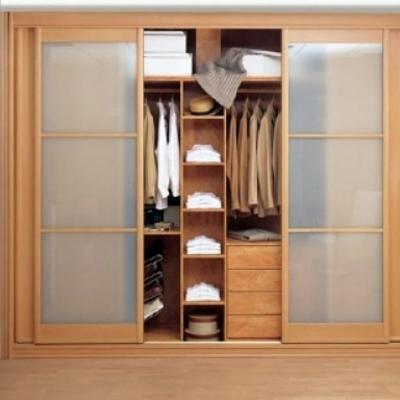 Precio construir armario empotrado interior en valencia for Precios de armarios a medida