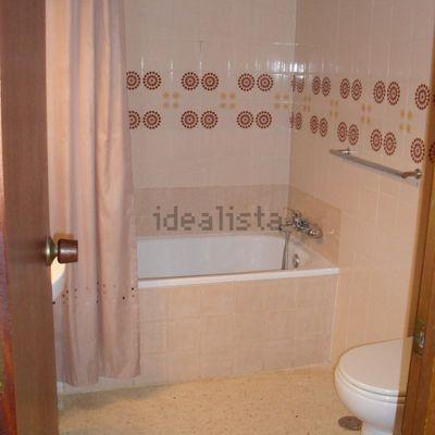 Pintar apartamento lacar 5 puertas tambien pintar - Alicatar cocina o pintar ...