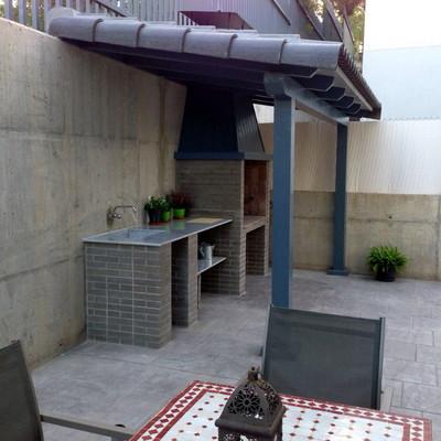 Construir tejado para barbacoa en patio carri n de - Patios con barbacoa ...