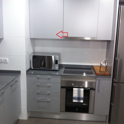 Encastrar microondas en armario cocina el bercial for Comidas hechas en microondas