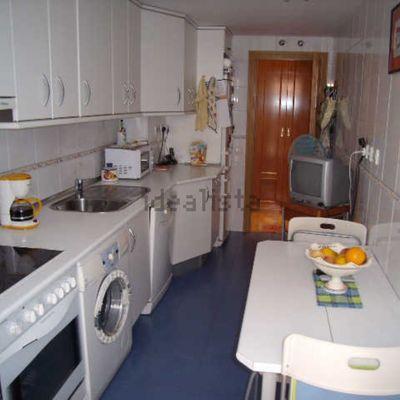 Tirar pared cocina sal n y cambiar fontaner a cocina las for Tirar muebles madrid