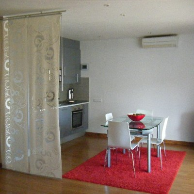 Pintar piso interior paredes y techo palma de mallorca for Presupuesto pintar piso 100m2