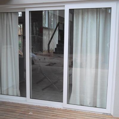 Instalar ventana corredera de 3 hojas molina de segura for Como poner una puerta corrediza