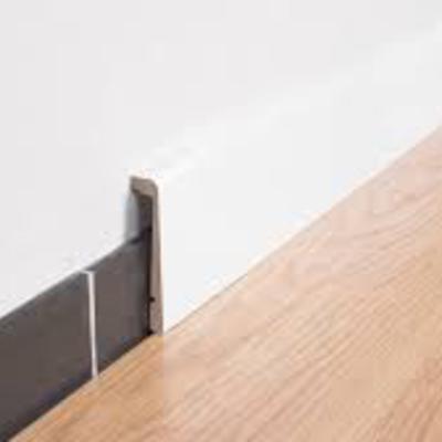 Precio suministrar carpinter a madera sin instalaci n for Rodapie pvc blanco