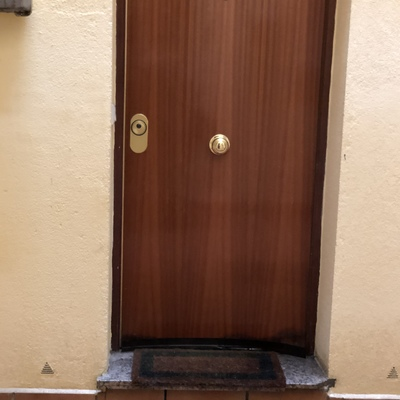 Trabajo ebanista o carpintero puerta entrada a vivienda - Trabajo carpintero madrid ...