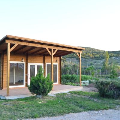 Casa de madera en terreno r stico perales de taju a for Legalizar casa en terreno rustico