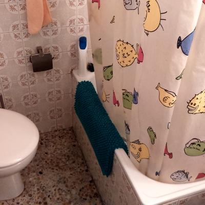 Reformar cuarto de baño pequeño con bañera por plato de ...