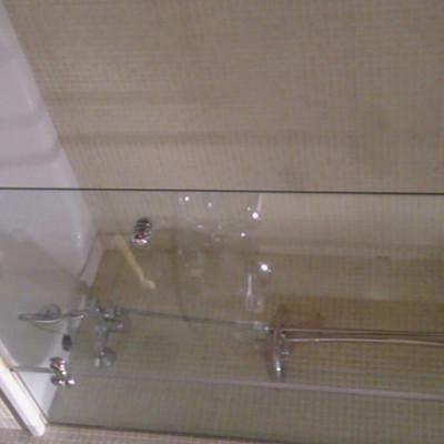 Reformar cuarto de ba o de 4 m2 mollet del vall s for Precio m2 alicatado bano